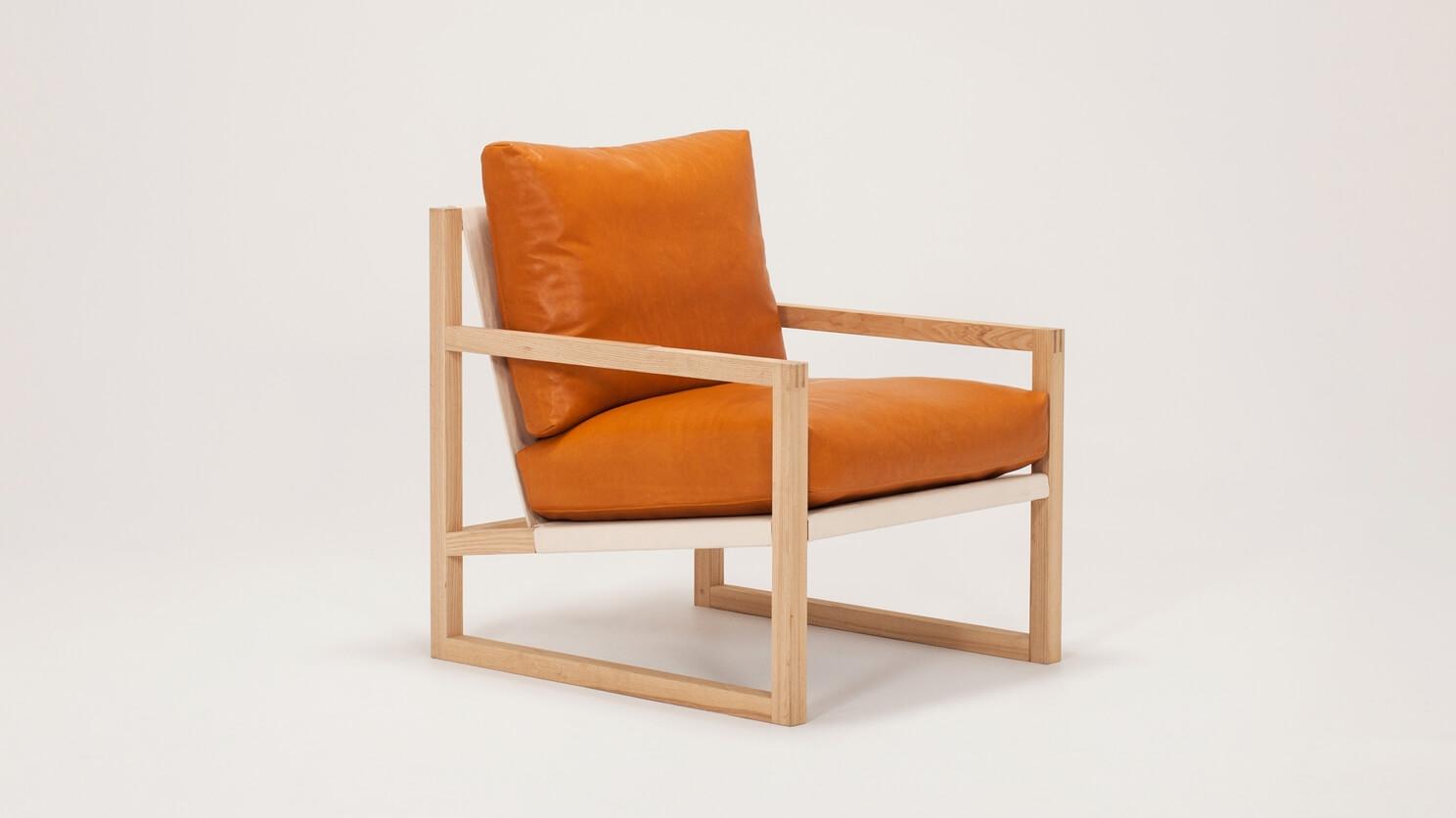 Chiara Lounge Chair Leather Eq3