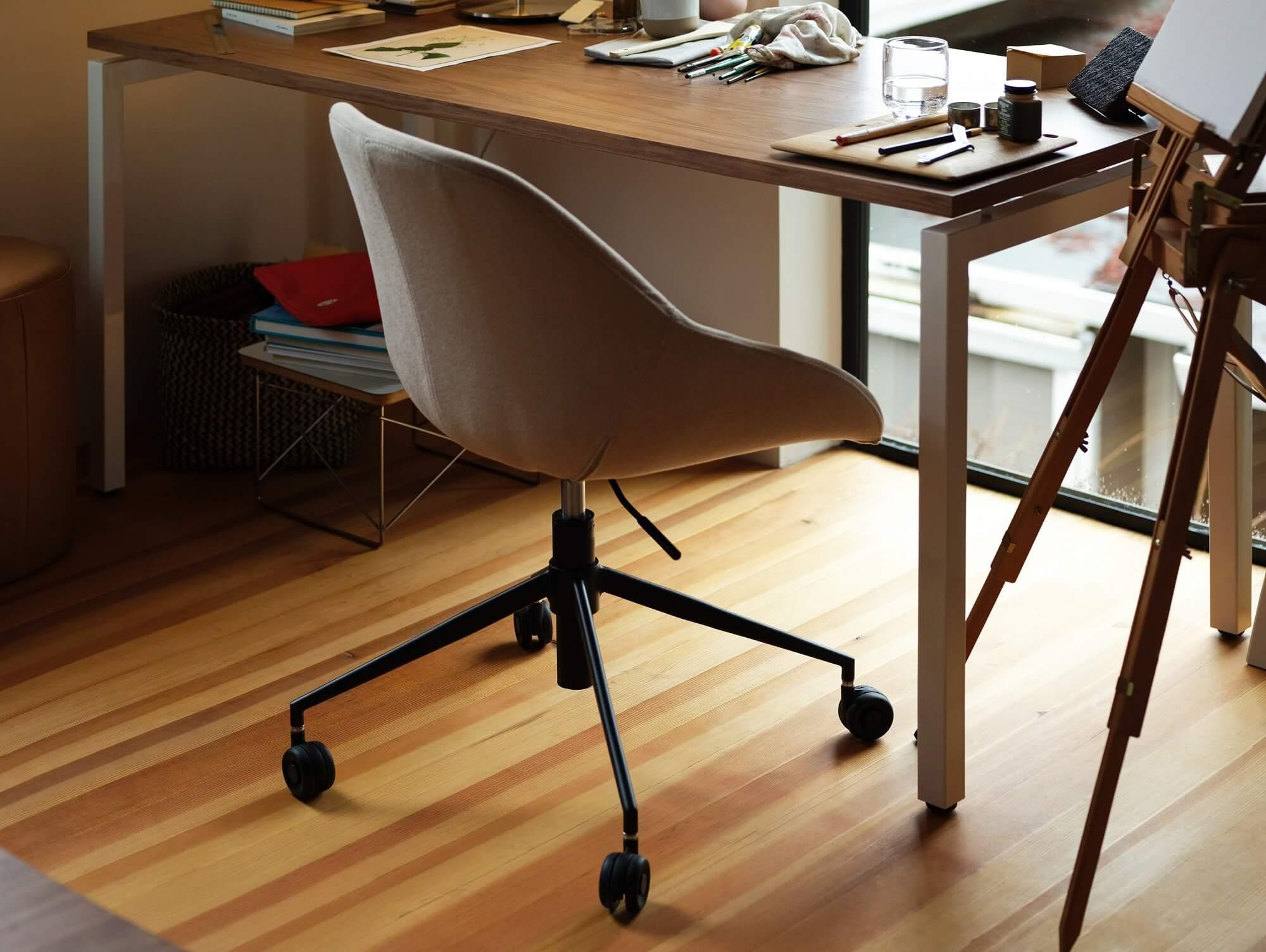 Image of: Eq3 S Iconic Nixon Office Chair Custom Modern Office Chair